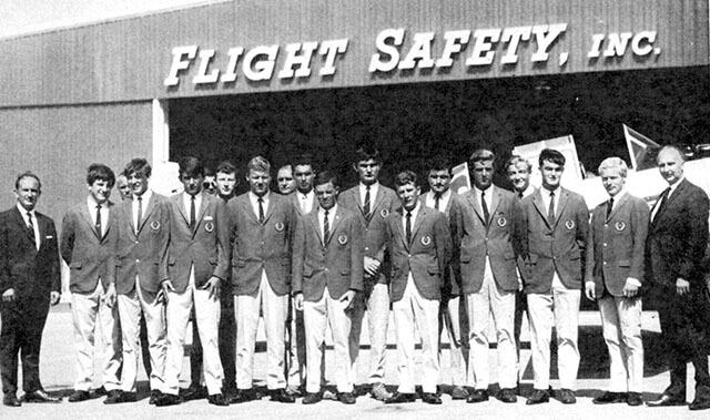flightsafety-company-history-1960s